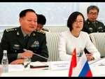 """Интервью китайского генерала: """"США и Запад пусть даже не дергаются, армия у нас сильная!"""",News,,Интервью китайского генерала: """"США и Запад пусть даже не дергаются, армия у нас сильная!"""" Генерал армии Китая дал интервью известному телеканалу ССTV. В своем интервью он подчеркнул, что лучшая защита от"""