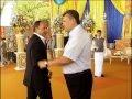 Видео с последнего дня рождения Януковича в статусе президента,People & Blogs,,видеозапись за 9 июля 2013 года, когда Виктор Янукович в последний раз праздновал день рождения в статусе президента Украины. Полюбившаяся ему госрезиденция «Заря» (более известная как Дача Горбачева) на мысе Форос на это
